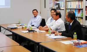 「進化する東京駅-街づくりからエキナカ開発まで-」の著者を囲んでの懇談会